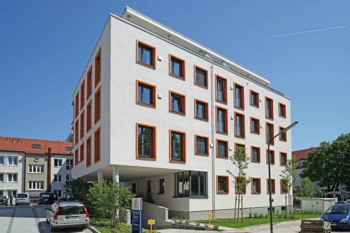 Lüftungsanlage freeair im MFZ Giesing - Außenhauben